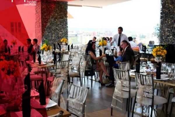 hotel-rione-cuenca-salon-eventos30ED210EE-DEE8-594B-F73B-8461661A3685.jpg